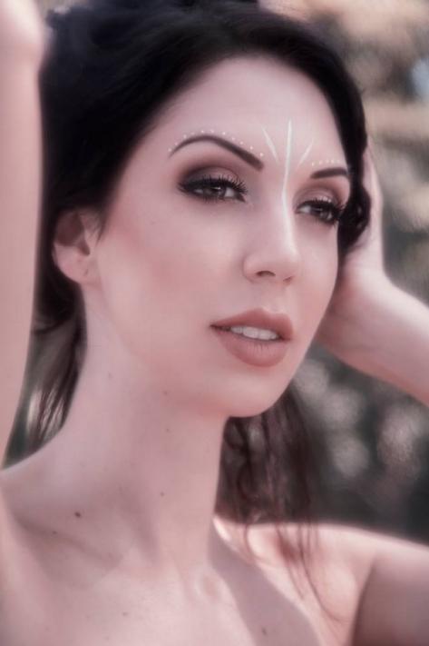 Laura (pressifoto)